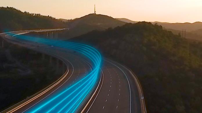 Con Movistar tienes datos en el móvil que nunca acaban, para conectarte donde y cuando quieras, con la mejor calidad y sin permanencia.