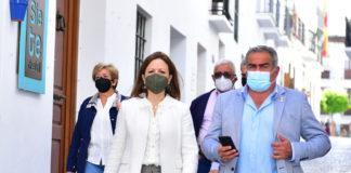 """Patricia Navarro ha visitado hoy Frigiliana, """"un destino seguro y atractivo para el turismo""""."""