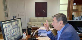 La sesión plenaria del mes de abril en el Ayuntamiento veleño dio luz verde también a la modificación de las ordenanzas fiscales reguladoras de la tasa por tramitación de expedientes urbanísticos y del ICIO y a una modificación puntual del PGOU para cambiar la calificación de un viario en Cajiz