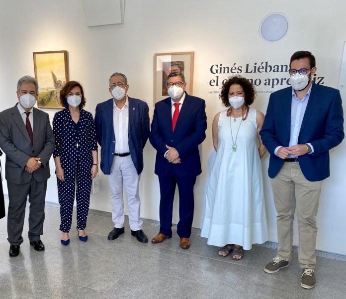 """Cynthia García destacó que """"la ciudad de Vélez-Málaga ha querido sumarse al reconocimiento de la figura del artista en el 100 aniversario de su nacimiento."""