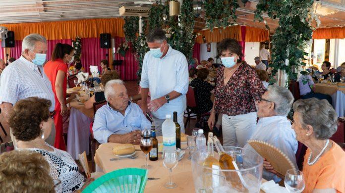Encuentro post Covid19 de mayores de Maro, en Nerja.