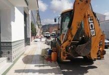 Los trabajos, que cuentan con un presupuesto de unos 9.500 euros y se prolongarán durante siete días, se están llevando a cabo por el área de Infraestructuras y contemplan la colocación de arquetas para farolas.