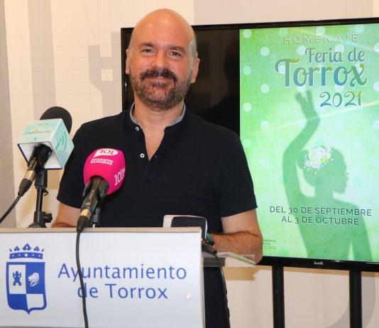 Feria en Torrox con medidas Covid19.