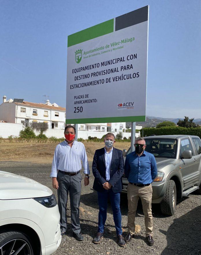 El total de las 590 nuevas plazas de aparcamientos creadas para turismos, incluyendo 7 plazas para tráiler, se ubican en cuatro parcelas municipales.