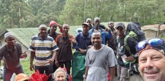 La Axarquía corona la cima del Kilimanjaro