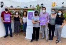 El Colectivo Ateneo Violeta ha anunciado la puesta en marcha de la campaña 'Establecimiento libre de violencia machista'. La presidenta del colectivo y educadora, Cristina Cobo,ha detallado que se repartirán más de 1.000 carteles pornegocios de la localidad con el objetivo de prevenir y erradicar la violencia en la capital de la Axarquía.
